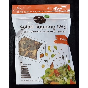 Salad topping mix with almonds, nuts and seeds Original