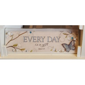 Wandbord  'every day is a gift'